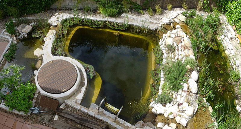 SWIMMING PONDS AND NATURAL POOLS